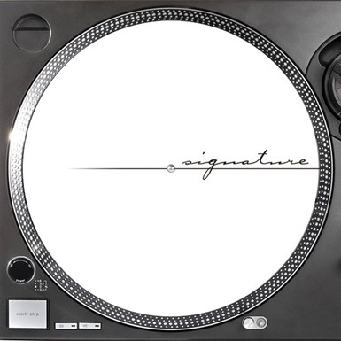 Official Signature Pair Slipmats [Black logo on White] artwork